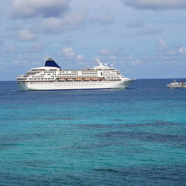 How to Work on a Cruise Ship for the Summer