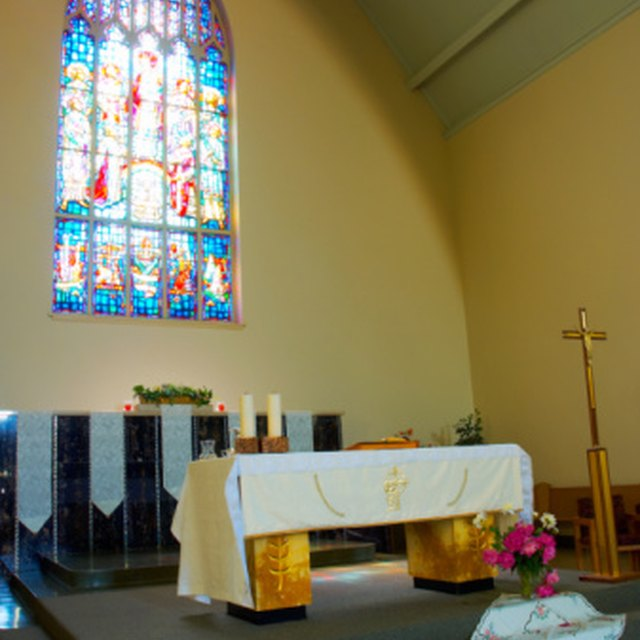 Wedding Altar Synonyms: How To Prepare A Communion Table