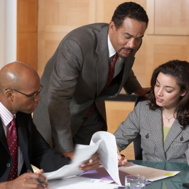 How to Set Objectives for an IT Department in a Business Organization