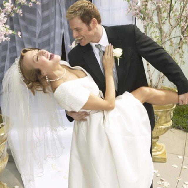 What Do Wedding Ushers Wear?