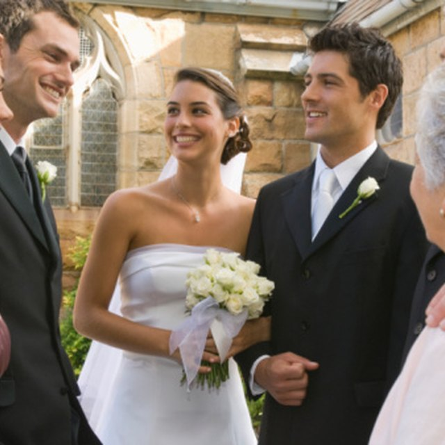 The Differences Between a Banquet and a Reception