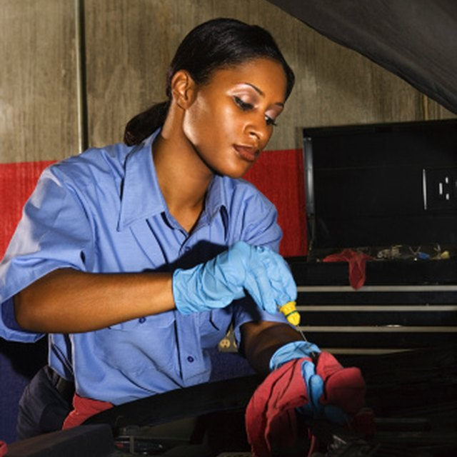 Scholarships for Women in Mechanic Vocations