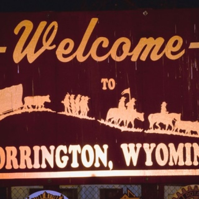 What Were Some Geographic Obstacles in the Oregon Trail?