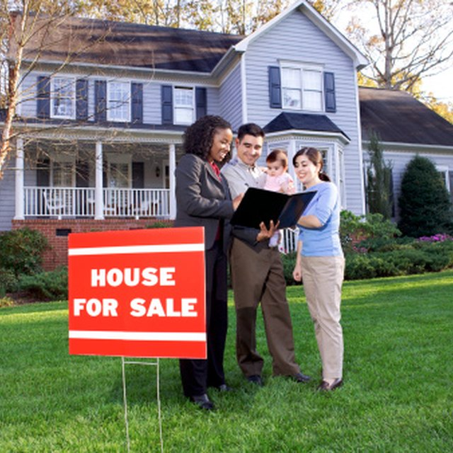 Who Pays the Sales Tax When a House Is Sold?