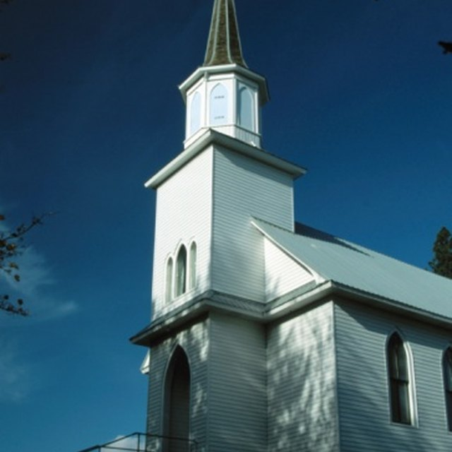 How to Welcome People to a Church Program