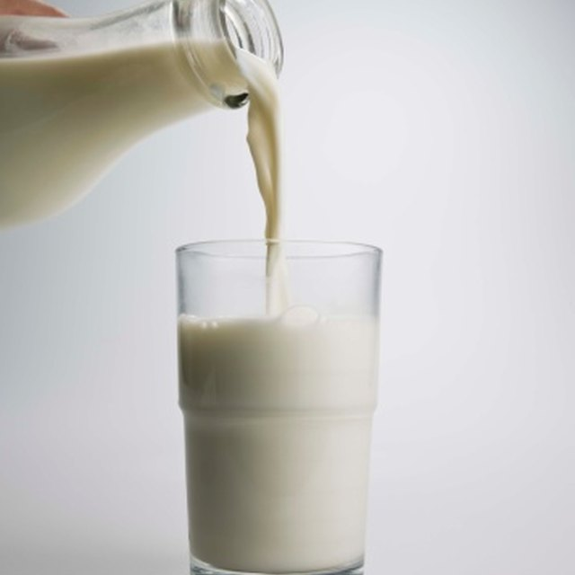 how to make glue out of milk