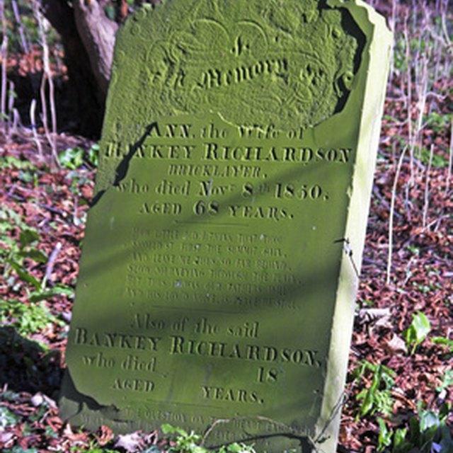 Tips for Blessing a Gravestone