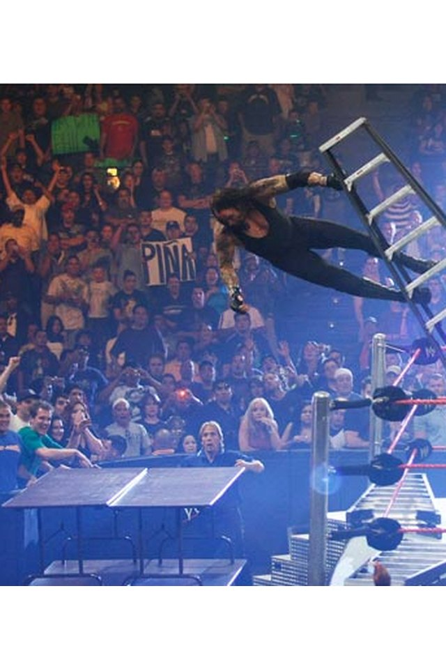 How to Make a Breakable WWE Table