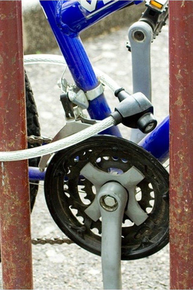 How to Tell What Year a Schwinn Sting-Ray Bike Is?