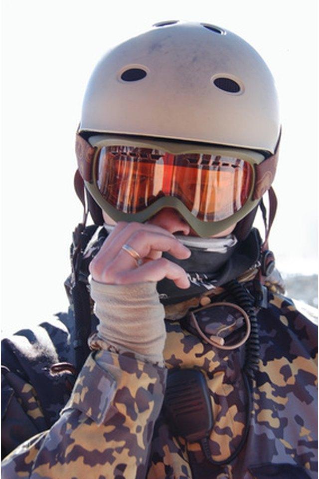 How to Paint a Ski Helmet