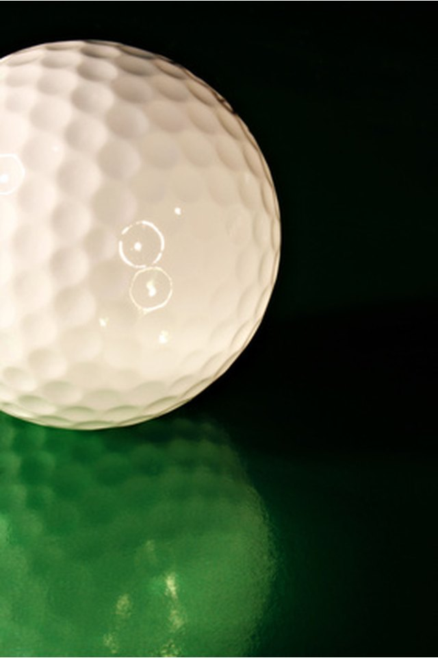 How to Recondition or Refurbish Golf Balls