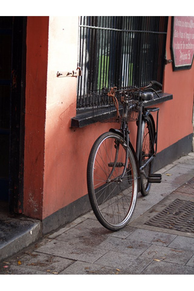 How to Measure for a Bicycle Kickstand