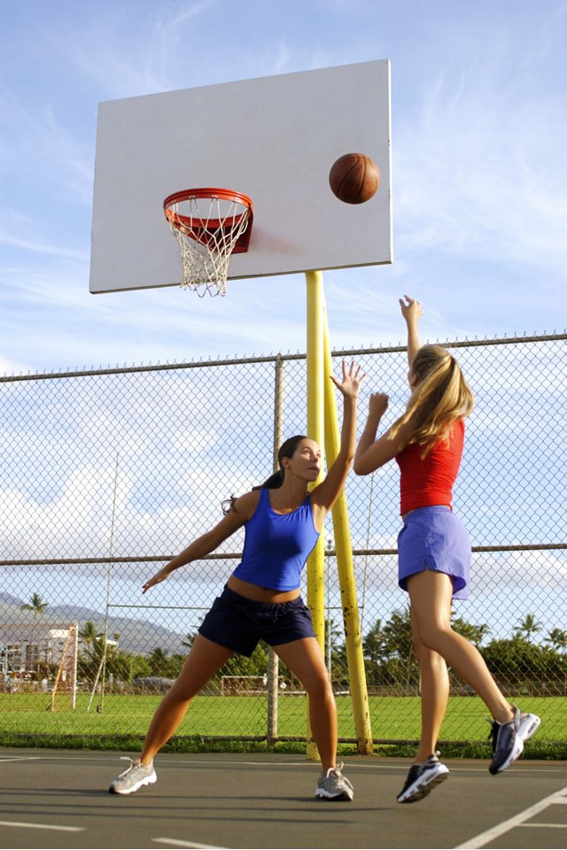 How to Become a Professional Female Basketball Player