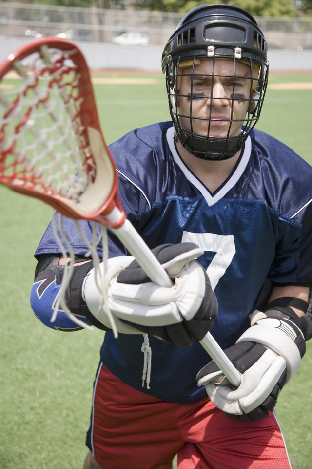 How to Get Ready for a Lacrosse Game
