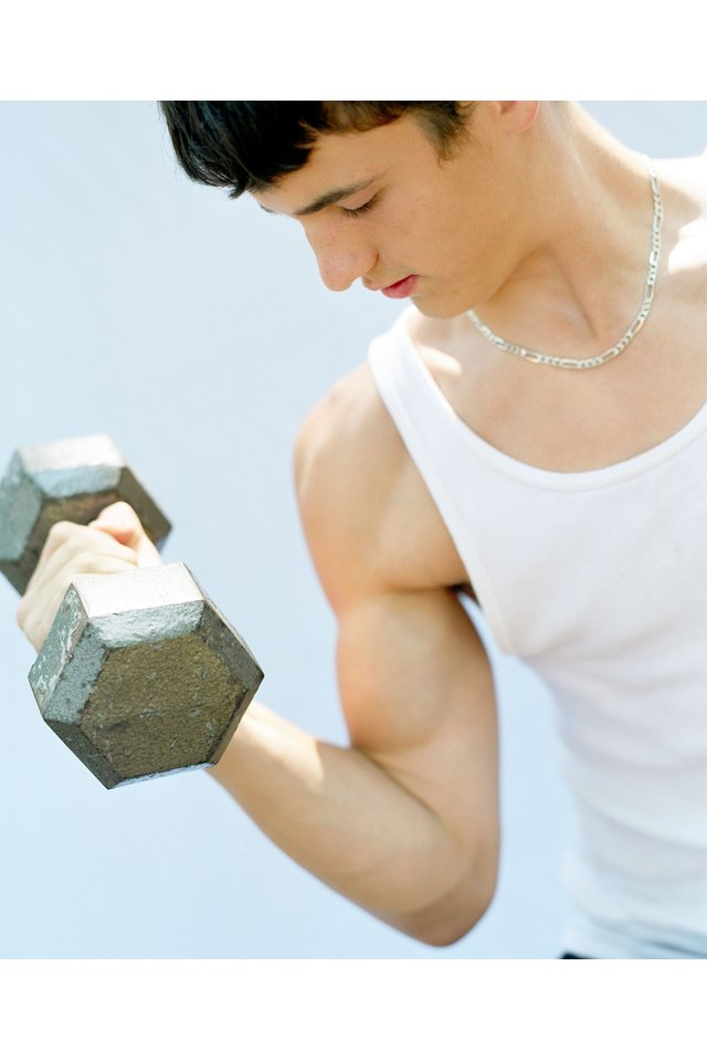How to Make Your Biceps Get That Bump
