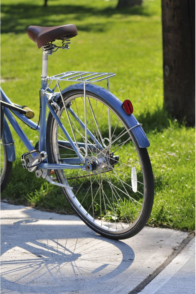 How to Place Bike Reflectors on Your Bike