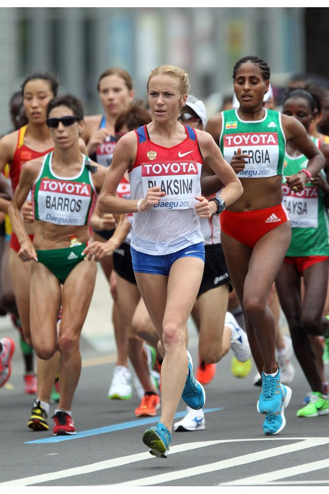 The Difference in a Sprinter's & a Marathon Runner's Training