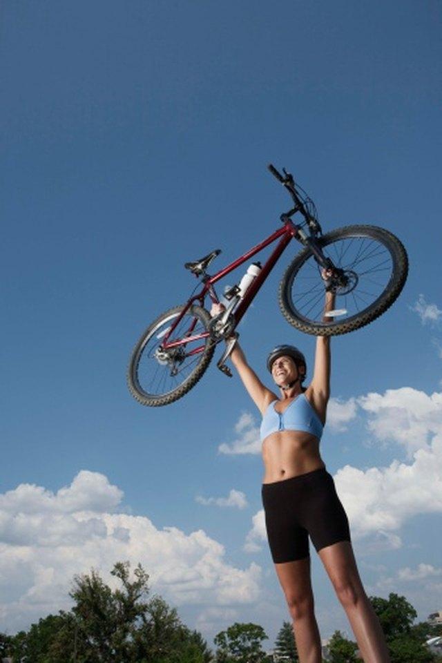 Comparison: Trek & Fuji Hybrid Bicycles