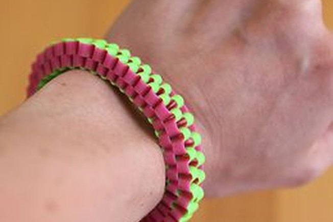 [Article Image] - How to Make Lanyard Bracelets
