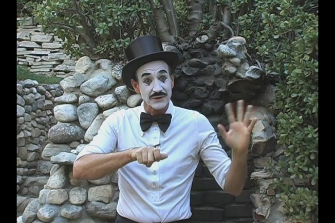 [Article Image] - How to Do Mime Rope Illusion