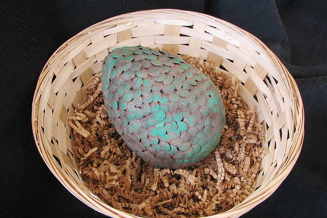 [Article Image] - How to Make a Game of Thrones Inspired Dragon Egg