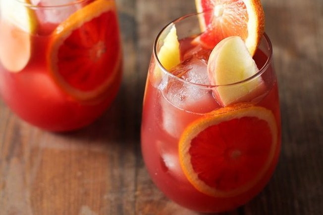 [Article Image] - White Sangria: Your Go-To Summer Drink