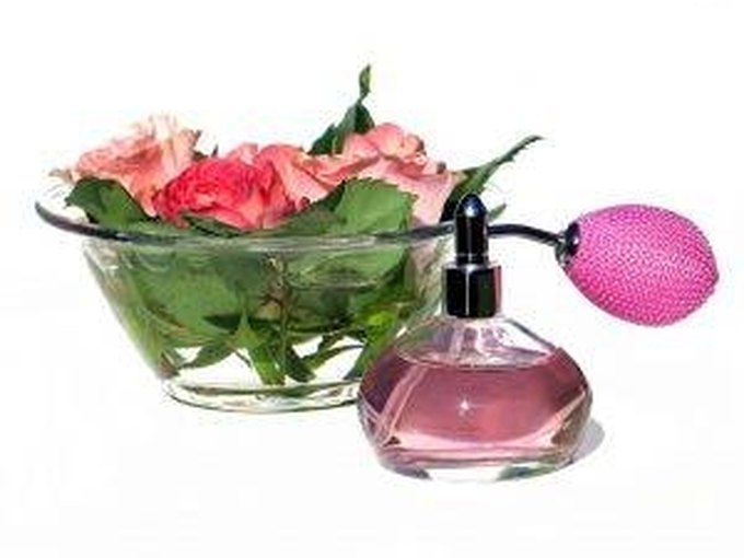 How to Make Perfume Without Vodka & Oil   LEAFtv