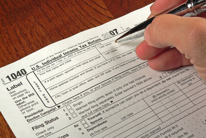 When Is It Better to File Joint Income Tax Returns?