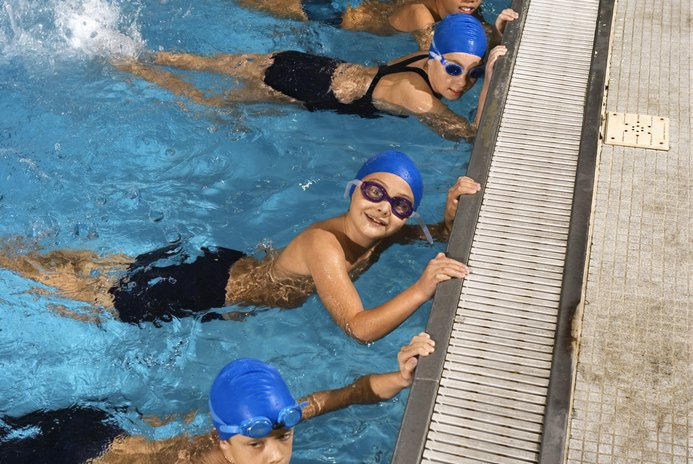 The Best Exercises for Tired Muscles in a Swimming Pool