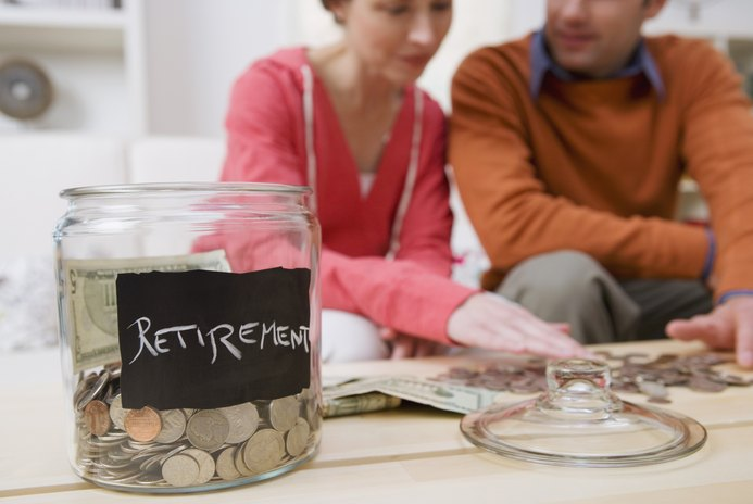 How Much Money to Save When I Enroll in a Roth IRA?