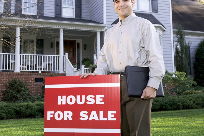 How Do I Effectively Sell My Home?