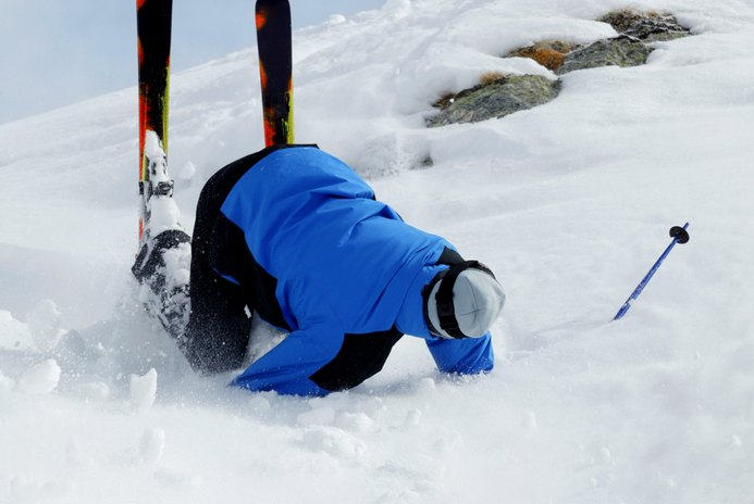 How to Avoid Altitude Sickness While Skiing