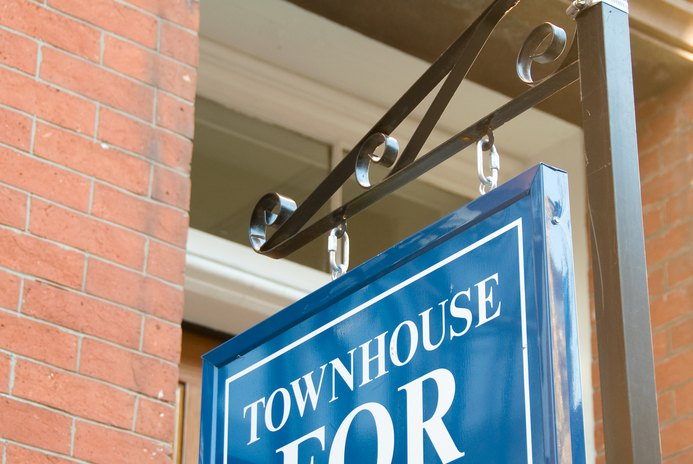What Are the Benefits of Townhomes?