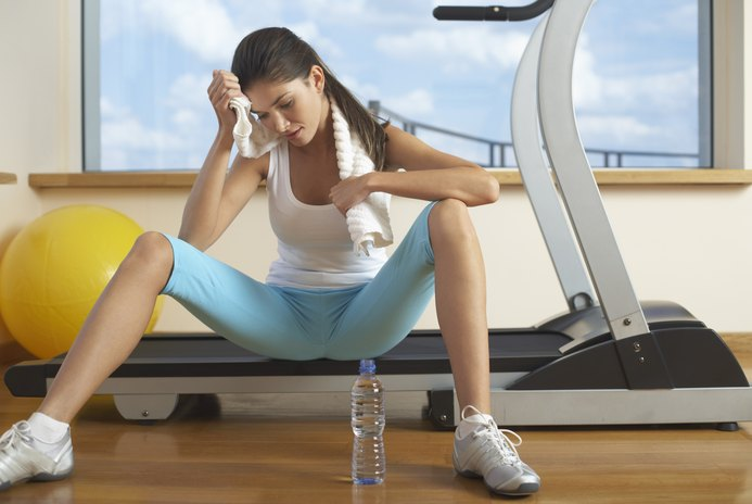 Does Using the Incline on the Treadmill Damage the Knees?