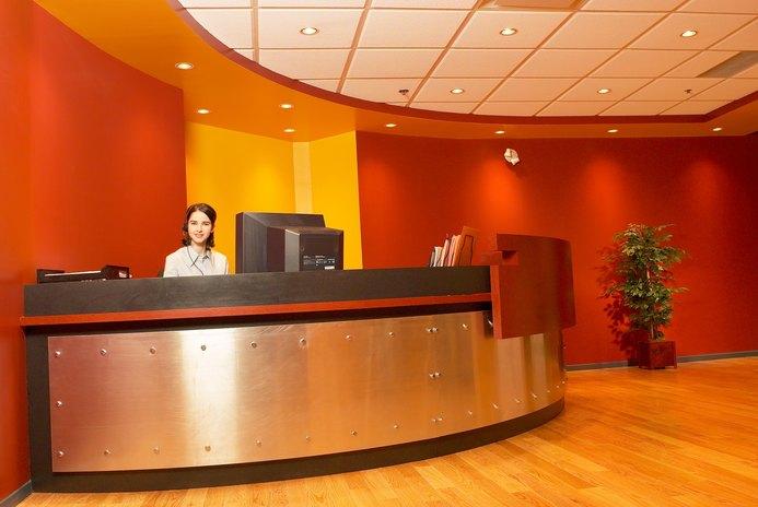 Front Desk Receptionist Description