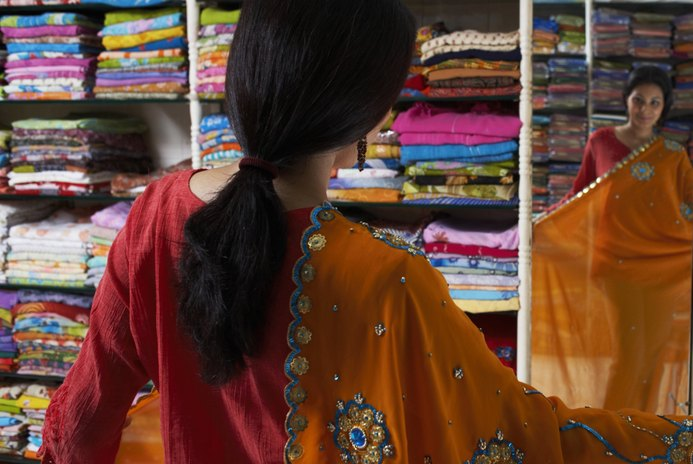What Challenges Would an American Woman Face if Employed in India?