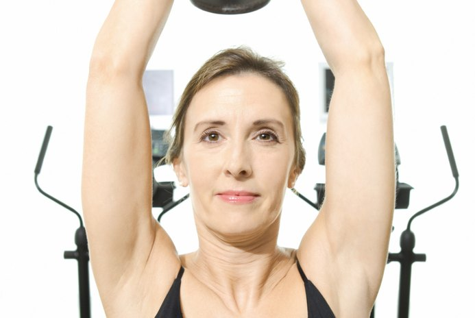 Quick Upper-Body Dumbbell Workout for Women