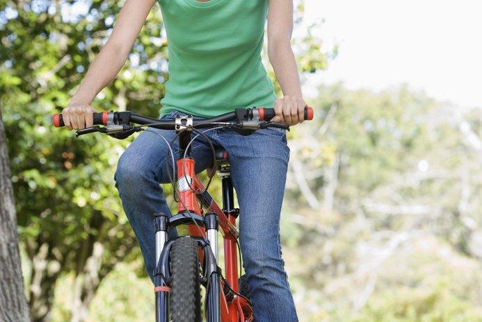 Comfort Bikes Vs. Hybrid Bikes