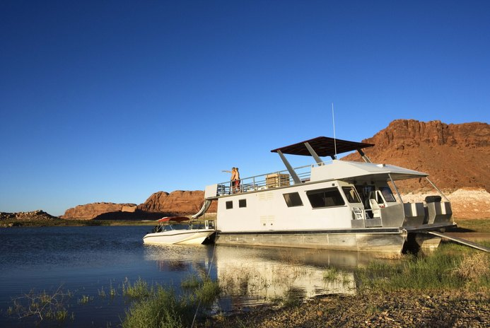 Can a Boat Be Considered a Second Home for a Tax Deduction?