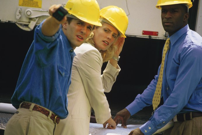 The Education & Training Requirements For an Electrical Engineer