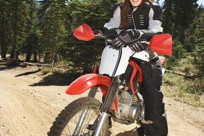 How to Tighten or Loosen Spokes on a Dirt Bike Tire