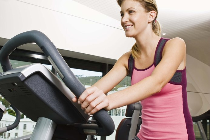 How Many Calories are Burned on a Ski Machine vs. Stationary Bike