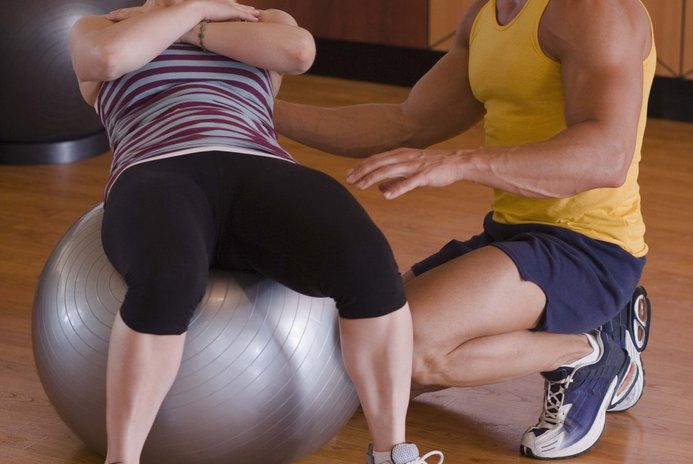 Do Exercise Balls Really Help You Get a Flat Stomach?