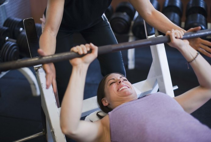What Exercises Can Women Do to Bulk Up?
