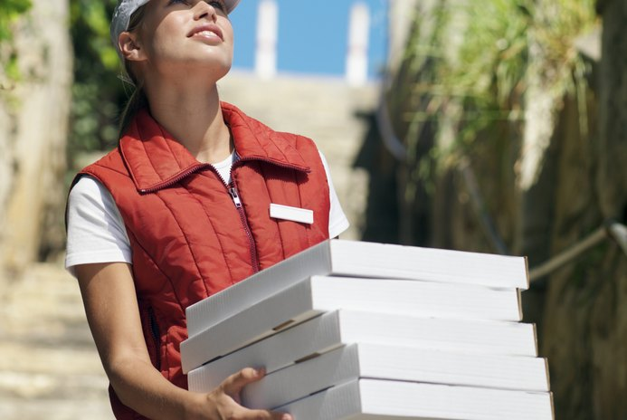 What Is the Monthly Salary of a Pizza Delivery Boy?