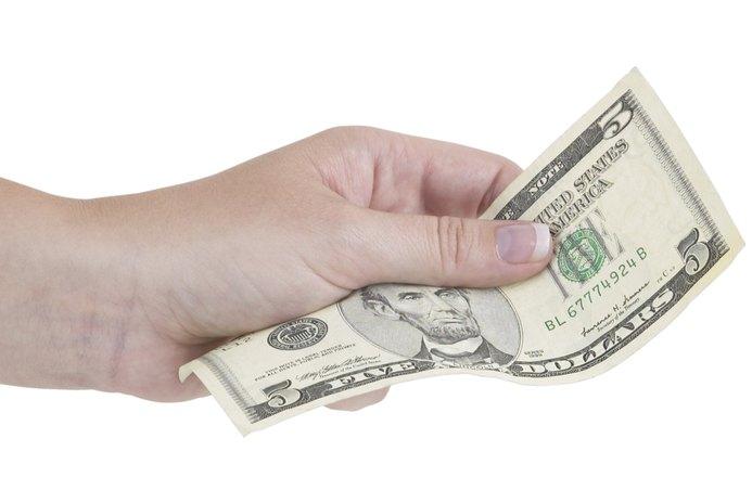 Cash Vs. Credit Card Debt: The U.S. Average