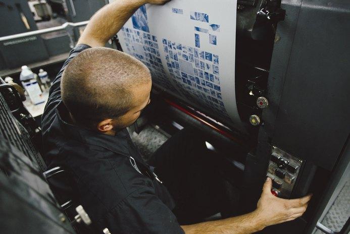 Prepress Technician vs. Graphic Artist Job Description