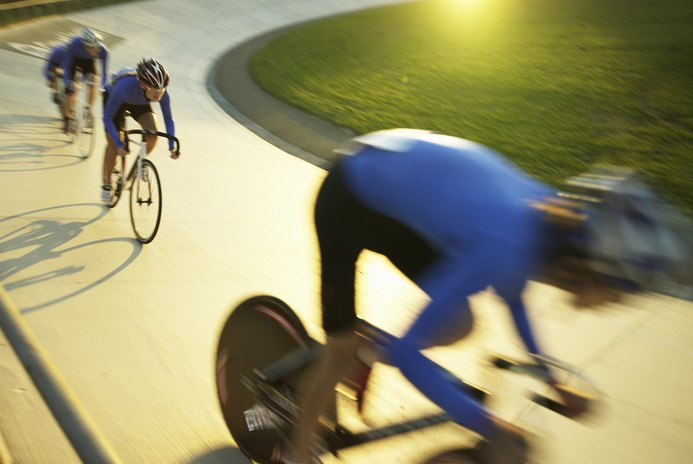 Developing Leg Speed for Velodrome Cycling