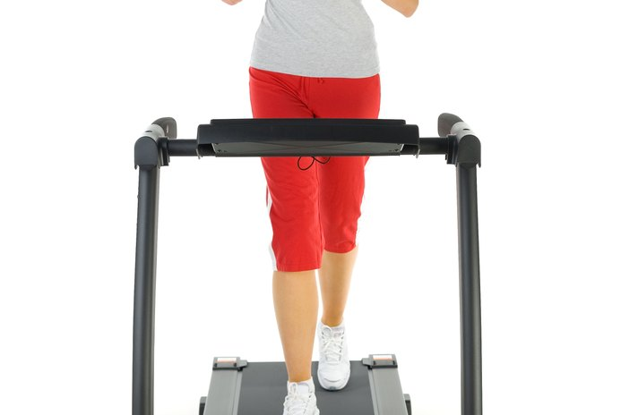 Does Running on the Treadmill Damage Your Calves?