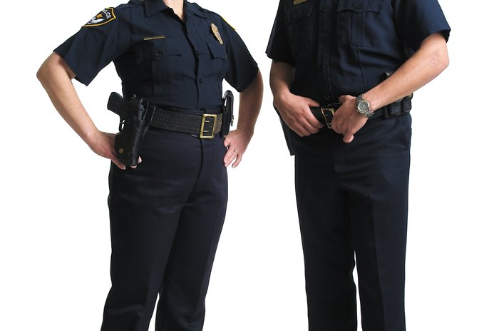 Federal Police Jobs That Do Not Require a College Degree